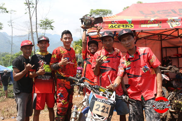 UMX persiapan balap grand final grasstrack jabar 2017