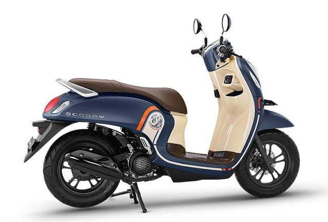All New Scoopy Fashion Blue